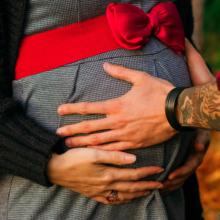 Kazya, couple, amour, love, joie, happiness, grossesse, heureux événement, enceinte, shooting, photo, photographie, photographe, rennes, bretagne, ille et vilaine, couleur