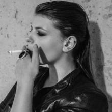 Kazya, noir et blanc, portrait, studio, fashion, mode, beauté, shooting, photo, photographe, photographie, fille, femme, girl, rennes, bretagne, ille et vilaine (8)